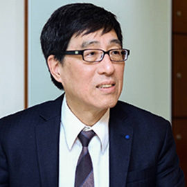 Professor Way Kuo, JP